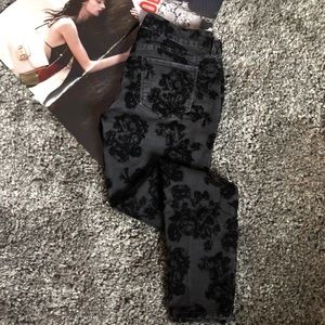 Denim - black velvet rose detail skinny jeans 28X31